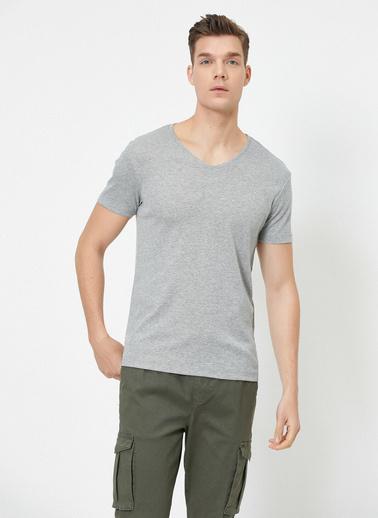Koton V Yaka Likrali Esnek Kumasli Slim Fit T-Shirt Gri